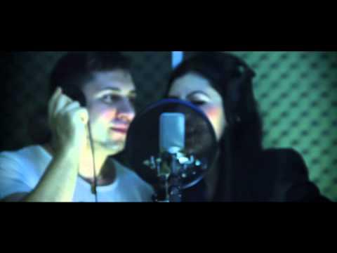 Ce dulci iti sunt buzele - Videoclip 2013