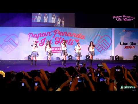 JKT48 - CINTA JAM 7 LEWAT 12 MENIT @ HS Fest (07-12-2014)