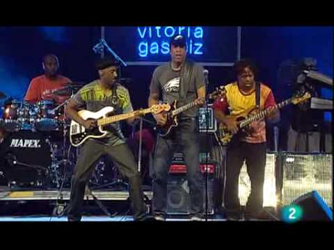 Stanley Clark, Marcus Miller & Victor Wooten - Beat It