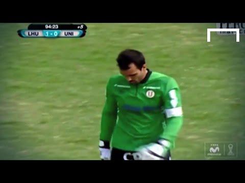 Goalkeeper gets punished for going up for corner