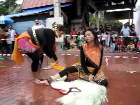 Kuda Kepang ~ Darling Spade Balek! Harimau!!!! video