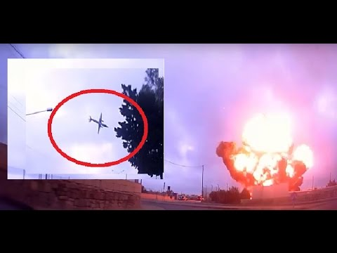 Plane crashes in Malta killing five caught on camera