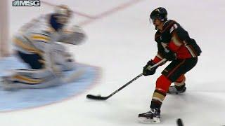 Wagner streaks in to score short-handed breakaway on Sabres