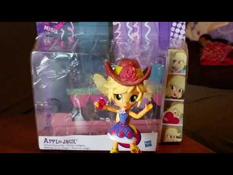 My Little Pony Equestria Girls Minis Apple Jack School Dance Set Review