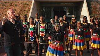 Baixar Shape Of You - Ed Sheeran by Ndlovu Youth Choir and Wouter Kellerman (flute)
