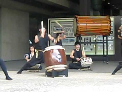Nara H.S. Taiko Team Performs at Nara National Museum