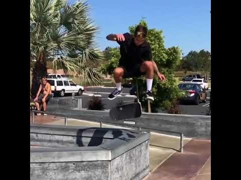 🦇 @willfyock | Shralpin Skateboarding