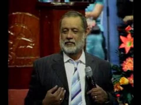 Apóstol Sergio Enríquez LOS CLAMORES DE DAVID 6-10-11.wmv