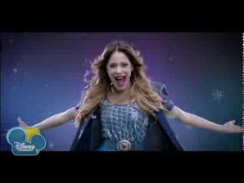 Martina Stoessel (Violetta) - Let İt Go  ( Karlar Ülkesi Filminden )