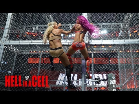 Sasha Banks fights back against Charlotte Flair: WWE Hell in a Cell 2016 thumbnail
