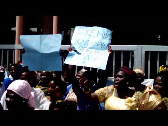 Nigerian Market Women protest ASUU strike - 2013