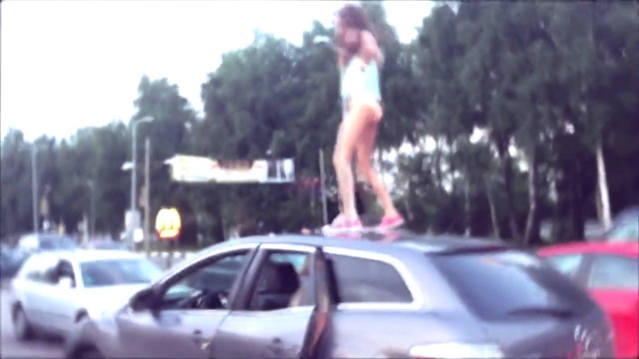 Порно видео с молоденькими 18 летними девушками