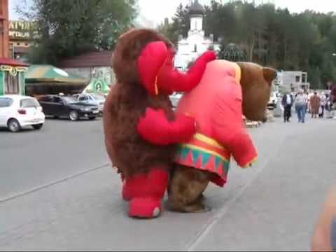 Прикол анимашки - Медведь против Мамонт