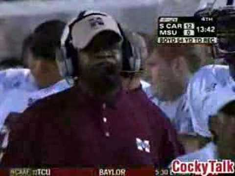 Spurrier calls a trick play to put the game out of reach for Mississippi State in 2006. The Gamecocks win 15-0.