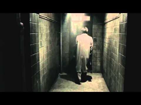R100 Trailer
