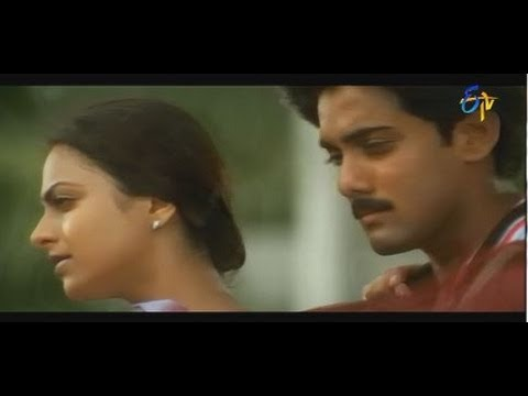 Nuvve Kavali Movie Songs - Kallaloki Kallu Petti Chudavenduku -  Tarun,richa,sai Kiran video