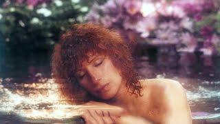Watch Barbra Streisand Niagara video