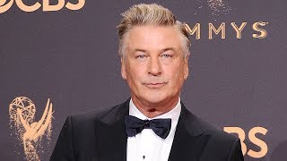 Alec Baldwin Wins Emmy Award & Offers It To Donald Trump?!