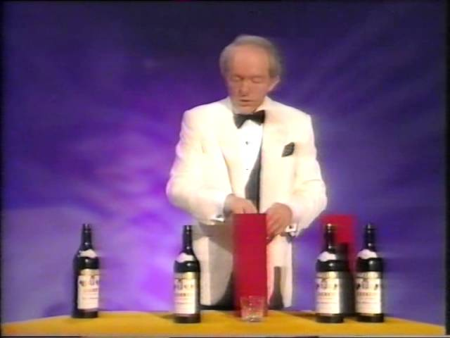 PAUL DANIELS MAGIC SHOW - TUBES AND BOTTLES