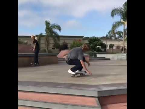 Effortless kickflip up @dylanjaeb 🎥: @sean.pushea #shralpin #skateboarding   Shralpin Skateboarding