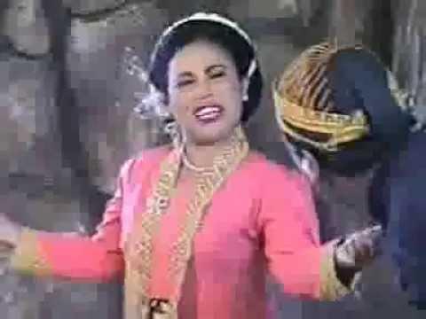Budaya Jawa Jaranan Turonggo Safitri Putro Ok video