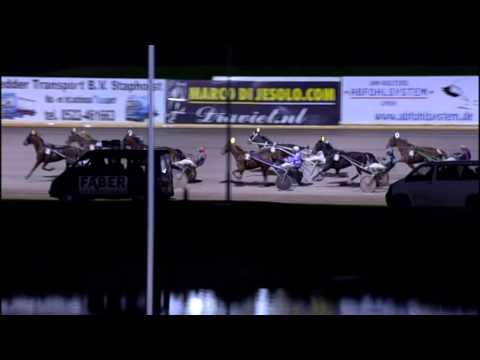 Vidéo de la course PMU PRIX NESMILE (TROTTEUR FRANCAIS LADY CHALLENGE)