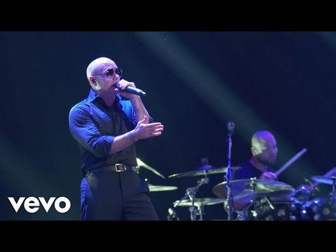 Pitbull - Feel This Moment (live On The Honda Stage At The Iheartradio Theater La) video