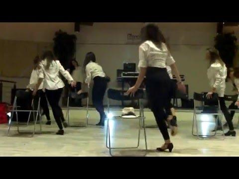 Cabaret-The Pussycat Dolls, Snoop Lion, Snoop Dogg - Buttons ft. Snoop Dogg