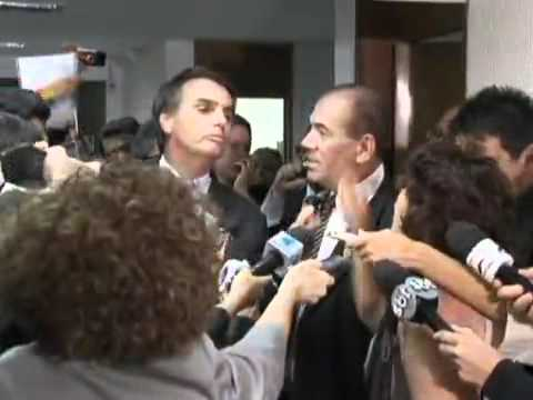 Jair Bolsonaro Bate Boca com Senadora Marinor Britto