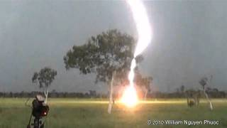 Close clear-air lightning bolt! - Darwin Australia