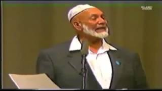 Video: In Deuteronomy 34:7, Moses wrote of his own death? If not Moses, who really wrote Deuteronomy? - Ahmed Deedat