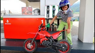 Funny Baby Ride on New Dirt Cross Bike Mini Power Wheel Pocket Bike Fuel Station