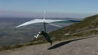 Hang gliding in Piedrahita (Spain)