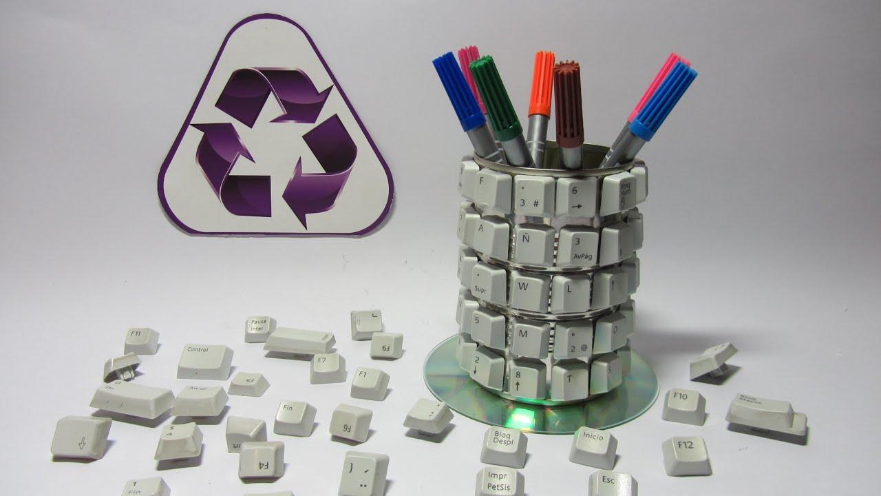 Manualidades creativas lapicero geek by gustamonton for Lapiceros reciclados manualidades