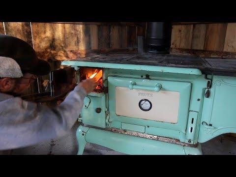 Lighting the FIrst Fire in or Kalamazoo Wood cook Stove & Plumbing the Offgrid Sink