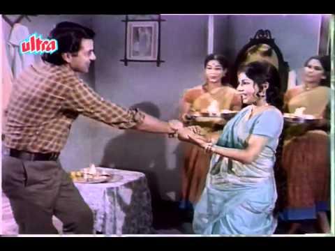 Behana ne bhaii ki kalaii se pyar-Resham ki dori-Suman-Indeevar...