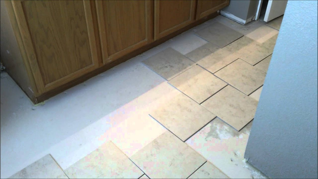 Laying out floor tile