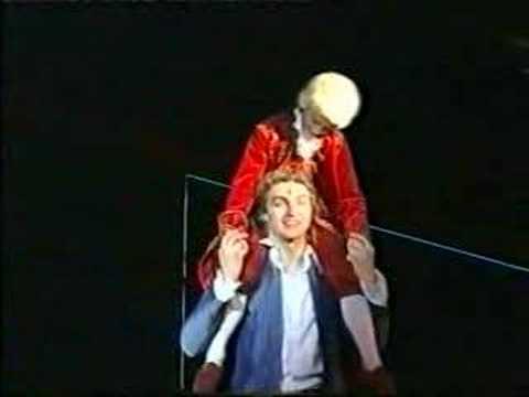 Dolhai Attila - A Zene Az Vagyok én - Mozart!