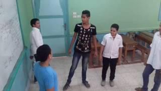 تقليد مقاطع فيديو من فيلم حسن وبقلظ كوميدي جامد(عيال مجانين) زيزو