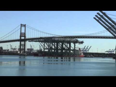 CRANES ARRIVE AT THE PORT OF LOS ANGELES 2011