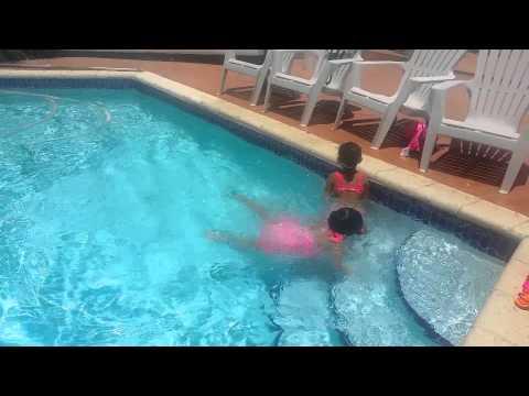 Gaby natacion
