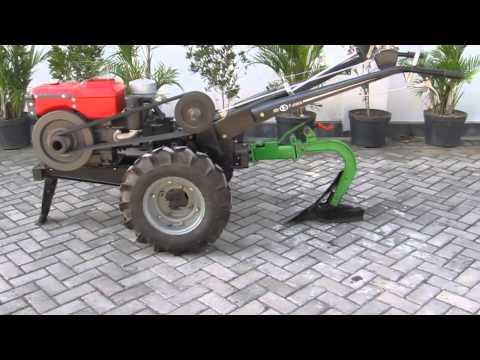 Mesin bajak dengan Futata HH-5