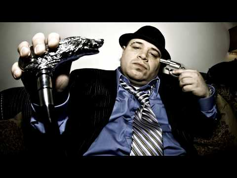 Vinnie Paz ft. Demoz - Bodysnatchers 2012 (Remix) (Prod. By ReviewTechUSA)