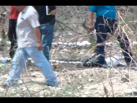 Exhuman nueve cadáveres de fosas clandestinas en iguala Guerrero
