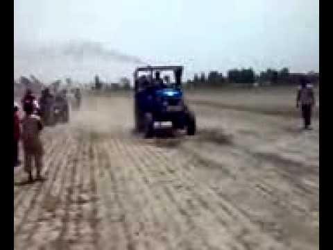 Sonalika 60rx Tractor Stunt In Bhundri Tractor Race.aman.bhundri video