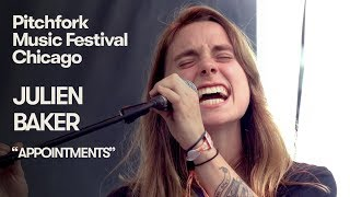 "Julien Baker - 「Pitchfork Music Festival 2018」から""Appointments""など2曲のライブ映像を公開 thm Music info Clip"