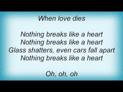 Pretenders - Nothing Breaks Like A Heart