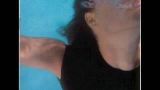 Watch 6 Voltios 3 Pedazos video