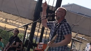 Watch Bob Mould Round The City Square video