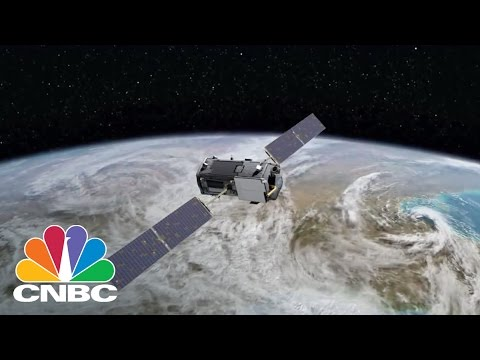 Google And Facebook Scrap Satellite Internet | Tech Bet | CNBC